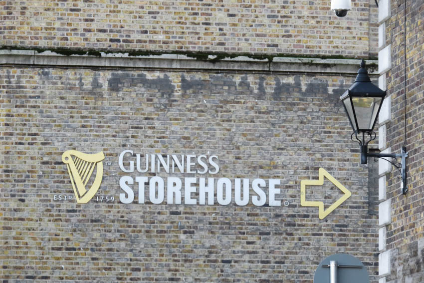 Llegando a Guinness Storehouse